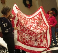 Red and White Christmas Tree Quilt