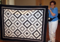 Carolyn Schlauft - Black and White Puzzle Quilt