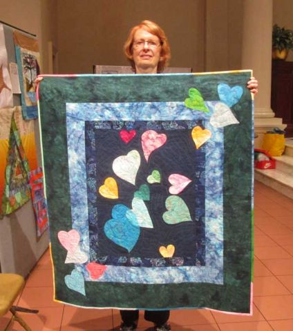 "Charlotte Wolter - Lap Quilt - ""Dreaming Hearts"""